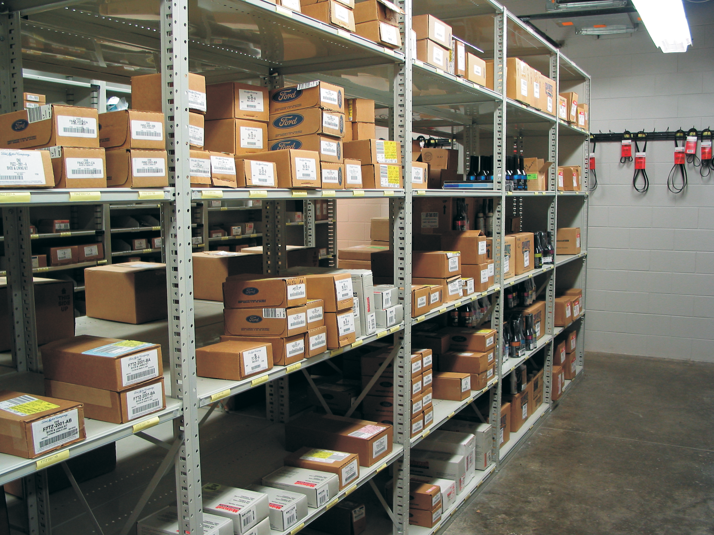 Automotive & Retail Stockroom Shelving is Highly Efficient and Maximizes Inventory Storage